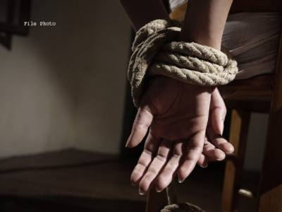 صوابی،شادی کی تقریب سے واپس آتے 5خواجہ سر اغوا
