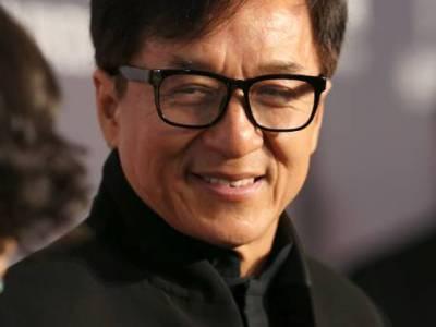 'میرا باپ ایک جاسوس تھا جس کا کام تھا کہ۔۔۔' معروف اداکار جیکی چن نے پہلی مرتبہ ایسا انکشاف کردیا کہ دنیا دنگ رہ گئی