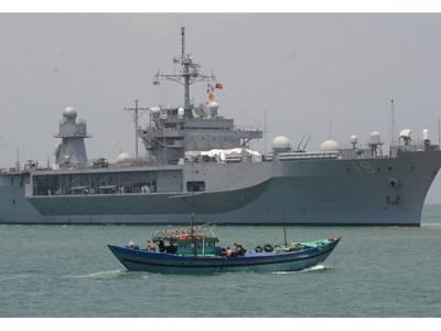 'بس اب بہت ہوگیا' سب سے بڑا خطرہ! چین نے اپنی فوج امریکہ کے راستے میں لاکر کھڑی کردی، فوجیوں کو فائر کرنے کی کھلی چھٹی بھی دے دی کیونکہ۔۔۔