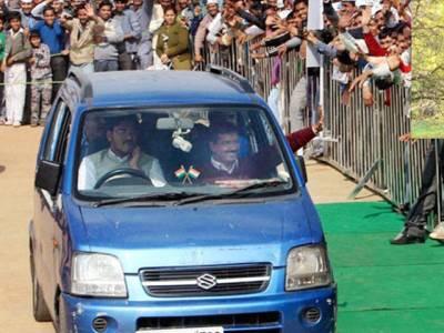 نامعلوم چوروں نے بھارتی وزیر اعلیٰ کو ان کی سب سے قیمتی ، تاریخی اور اہم ترین چیز سے ہی محروم کر دیا ،ایسی چیز لے اڑے جو ایک عرصہ سے ان کا ساتھ نبھا رہی تھی