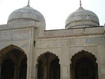 میں موتی مسجد میں جنات سے ملنے گیا اور جب دورکعت نماز شروع کی تو ۔۔۔۔۔۔