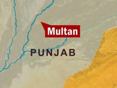بجلی کی تاریں گرنے سے 100 گھروں میں کرنٹ پھیل گیا ، ایک شخص جاں بحق، 6 جھلس گئے