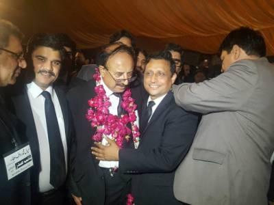 سپریم کورٹ بار الیکشن ،مسلم لیگ ن کے حمایت یافتہ عاصمہ جہانگیر گروپ نے میدان مار لیا ،پیر کلیم خورشید صدر اور صفدر تارڑ سیکرٹری منتخب