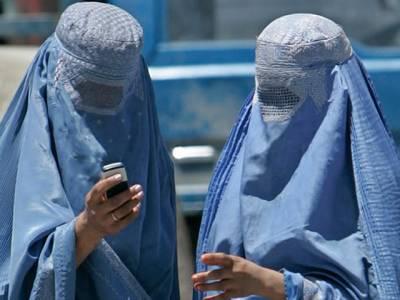 افغان فوج کے کرنل کی خاتون کے ساتھ شرمناک ویڈیو منظر عام پر آگئی، یہ خاتون کون ہے؟ ایسا انکشاف کہ برطانیہ اور امریکہ میں بھی ہنگامہ برپاہوگیا
