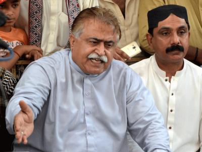فاروق ستار نے سابقہ سوچ سے دستبرداری نہیں کی،کراچی کو سندھ سے الگ کر کے بات کرنا ٹھیک نہیں،مولابخش چانڈیو