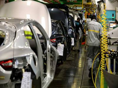 """"""" اب ہم پاکستان نہیں آ رہے """" بگڑتے حالات میں گاڑیاں بنانے والی معروف بین الاقومی کمپنی نے واضح اعلان کردیا"""