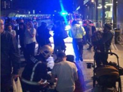 لندن ،ویسٹ فیلڈ شاپنگ سینٹر میں بھگدڑ مچ گئی، ایک شخص زخمی
