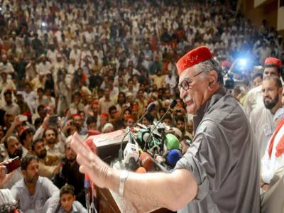 ضروری نہیں اچھاکرکٹراچھا سیاستدان بھی ہو،یوٹرن خان کے پاس گالیوں اورموقف بدلنے کے علاوہ کچھ نہیں،اسفندیار ولی