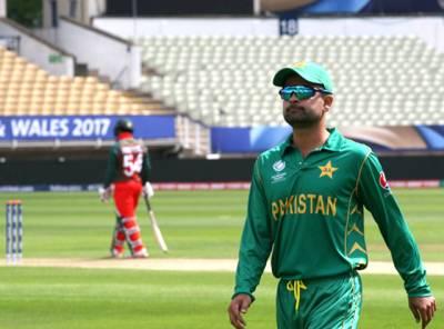 ناقص کارکردگی سے دلبرداشتہ احمد شہزاد نے ایسا فیصلہ کر لیا کہ پاکستانیوں کیلئے یقین کرنا مشکل ہو جائے گا، کیا کرنے جا رہے ہیں ؟ جان کر آپ کے ہوش اڑ جائیں گے