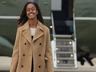 سابق امریکی صدر باراک اوبامہ کی بیٹی کی شرمناک ویڈیو منظر عام پر آگئی، باپ کی ساری زندگی کی عزت خاک میں مل گئی