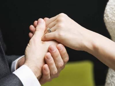 متحدہ عرب امارات میں پاکستانی دولہا کے ساتھ بڑا دھوکہ ہوگیا، شادی کی تقریب میں انتظار کرتا رہ گیا اور اہم ترین انسان پہنچا ہی نہ کیونکہ۔۔۔