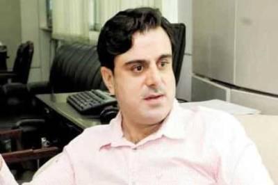وزیر خوراک بلال یاسین کی رہائش گاہ پر مشتعل افراد کا پتھراﺅ