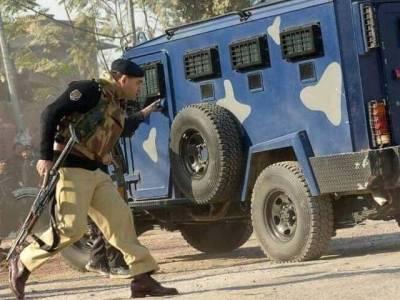 ایڈیشنل آئی جی طاہر خان پشاور میں دہشتگردوں کے خلاف آپریشن کو فرنٹ سے لیڈ کرتے رہے
