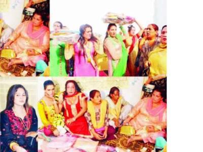 جلالپور جٹاں میں خواجہ سراﺅ ں کی قدیم گدی پر رخسانہ عرف شانو گرو مقرر