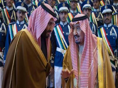 سعودی عرب میں تقریباً 7ہزار شہزادے، بانی عبدالعزیز بن سعود نے مختلف قبائل میں 20سے زائد شادیاں کی تھیں : رپورٹ