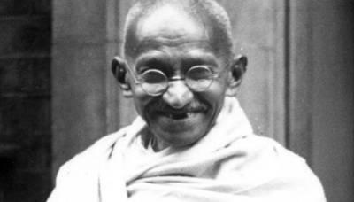 جب ایک قلندرنے گاندھی جی کا سیاسی قد بڑھادیا