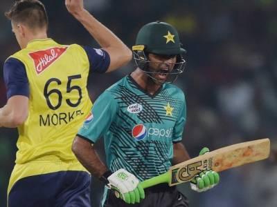 """""""فخرزمان کا اب پاکستانی ٹیم کیلئے کوئی فائدہ باقی نہیں رہا کیونکہ۔۔۔"""" عامر سہیل نے اوپننگ بیٹسمین کے بارے میں انتہائی تشویشناک بات کہہ دی"""