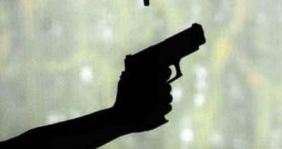 شہر قائد میں 2 گروپوں کے درمیان فائرنگ کاتبادلہ ، 2افرادجاں بحق، 5زخمی