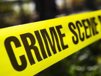 """""""مخبری کرتی ہو""""جیل سے رہائی کے بعد نوجوان نے اینٹیں اور بوتلیں مار کر ساس کو قتل کردیا،بیوی شدید زخمی"""