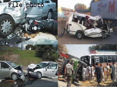 جامشورو سمیت مختلف شہروں میں ٹریفک حادثات میں 7 افراد جاں بحق،26 زخمی