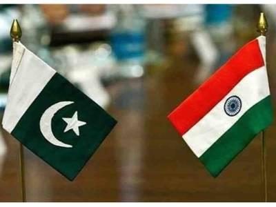 پاکستان میں بھارتی سفارتخانے کے ملازم 3 پاکستانی لڑکیوں سے گھبرا کر بھاگ نکلے، ملک ہی چھوڑ گئے کیونکہ۔۔۔