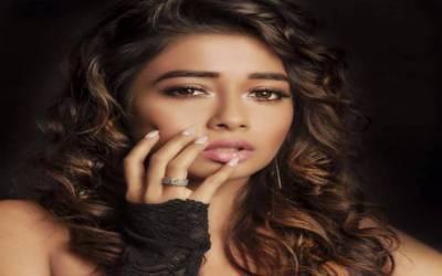 بھارت کی معروف اداکارہ کاایسا شرمناک فوٹو شوٹ منظر عام پر آگیا کہ دیکھ کر آپ کا منہ بھی کھلا کا کھلا رہ جائے گا