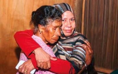 8 سال کی عمر میں اغوا ہونے والی لڑکی 40 سال بعد اپنے گھر لوٹ آئی، اتنا عرصہ کہاں اور کس حال میں رہی؟ واپس آکر اپنی ماں کو ایسی بات بتا دی جس کا کوئی تصور بھی نہیں کر سکتا