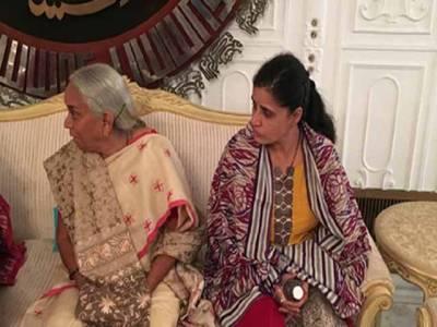 """""""کلبھوشن یادیو کی یہ چیز ہمیں دکھاﺅ""""، بیگم اور ماں سے ملواتے ہی پاکستان نے بھارت سے بڑا مطالبہ کردیا ، ایسی چیز مانگ لی کہ بھارتی حکومت سب سے بڑی مشکل میں پھنس گئی"""