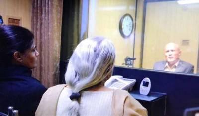 'بیان بدل دیں'کلبھوشن سے ملاقات میں اہلیہ نے بھارتی خفیہ ایجنسی کا پیغام پہنچایا : نجی ٹی وی کا دعویٰ