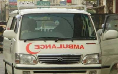 خوشاب، کار اور بس کے تصادم میں ایک ہی خاندان کے 4 افراد جاں بحق
