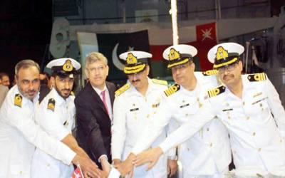 پاک بحریہ کے جہازوں اور آبدوز کاعمان کا خیر سگالی و تربیتی دورہ