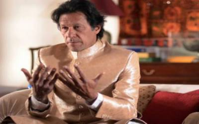 عمران خان نے اپنی پیرنی سے شادی کرلی: سینئر صحافی عمر چیمہ کا دعویٰ