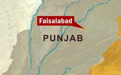 107سالہ بابا لال خان کے جنازے پر بینڈ باجا، نوٹ نچھاور، مٹھائی تقسیم کی گئی