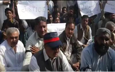 عمر کوٹ میں دو بھائیوں کے قاتل گرفتار نہ ہونے پر احتجاج