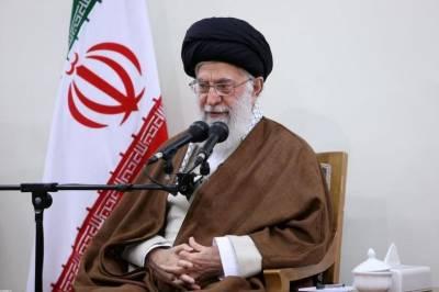 ایران نے پرائمری سکولوں میں انگریزی زبان پر پابندی عائد کردی