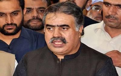 وزیراعلیٰ بلوچستان کو ایک اور زور دار جھٹکا، رکن اسمبلی اکبر اسکانی بھی ساتھ چھوڑ گئے