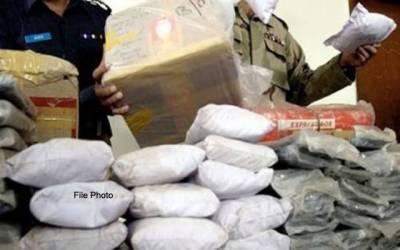 کوسٹ گارڈز کی کراچی کے کھلے سمندر میں کارروائی،5سمگلر گرفتار ،منشیات برآمد