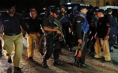 فیصل آباد سے 2دہشت گرد گرفتار، اسلحہ و بارودی مواد برآمد