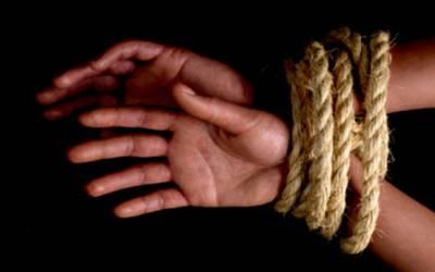 صلح نہ کرنے پر زیادتی کے ملزم نے بچے کے والد کے خلاف مقدمہ کرادیا