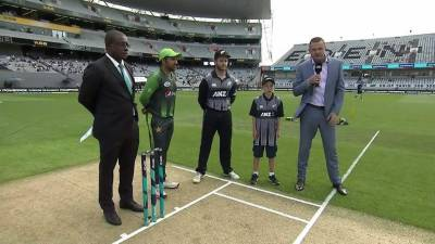 تیسرا ٹی 20، پاکستان اور نیوزی لینڈ کے درمیان میچ براہ راست دیکھئے