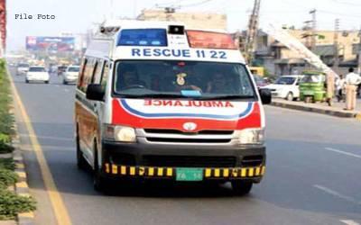 جھنگ میں پولیس کی گاڑی کو ٹرالی سے ٹکر ،2اہلکار جاں بحق ،5شدید زخمی
