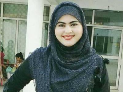 کوہاٹ میں رشتے سے انکار پر قتل ہونیوالی عاصمہ رانی کی بہن نے بھی خاموشی توڑ دی، ایسی بات کہہ دی کہ آپ کی آنکھیں بھی نم ہوجائیں گی