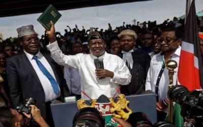 کینیا ئی اپوزیشن رہنما نے خود ساختہ طور پر ملک کے متبادل صدر کا حلف اٹھا لیا