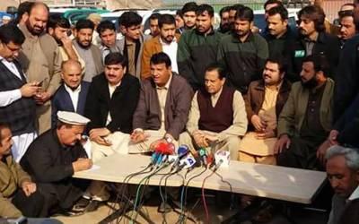پشاورمسلم لیگ(ن)کاگڑھ بننے جارہاہے،4 فروری کا جلسہ عام انتخابات میں سیاسی رخ کا تعین کرے گا :امیر مقام