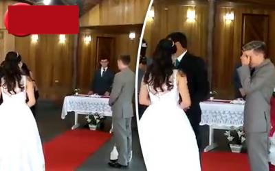 فحش آوازوں نے شادی کی تقریب برباد کردی، عین موقع پر کیا شرمناک کام ہوگیا؟ دلہن کی آنکھوں سے آنسو نکل آئے کیونکہ۔۔۔