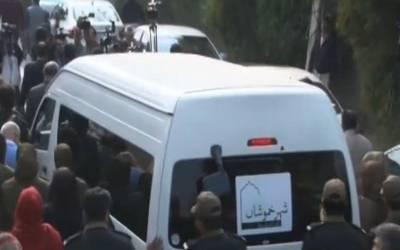 عاصمہ جہانگیر کو کہاں دفنا یا جائے گا ؟کسی قبرستان میں نہیں بلکہ ۔۔۔