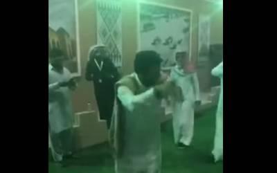 جنادریہ میلے میں پاکستانی نوجوان کی عربی دھن پر رقص کی ویڈیو وائرل