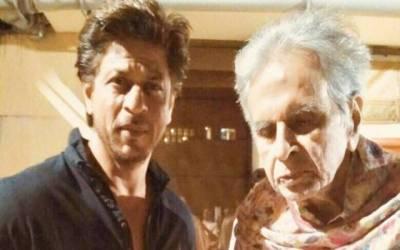 کنگ خان کی دلیپ کمار کے گھر آمد، تصویر سوشل میڈیا پر وائرل