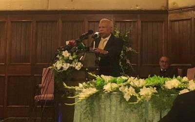 """""""کل میں نے پنجاب کا سفر کیا اور یہ دیکھ کر حیران رہ گیا کہ دیہاتوں میں ۔۔۔""""ڈاکٹر عشرت حسین نے ایسی بات کہہ دی کہ جان کر عمران خان کو یقین نہیں آ ئے گا"""