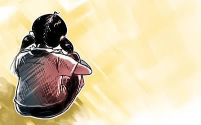 گھر سے پہلی جماعت کی بچی کے چیخنے کی آوازیں ، 65 سالہ بابے کی معصوم بچی سے زیادتی کی ناکام کوشش
